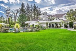 Jennifer Lopez vende su mansión de Los Ángeles por 17 millones de dólares